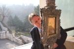 Paul Badde pondering the Holy Veil of Manoppello