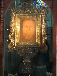 Veil of the Holy Face of Manoppello Photo: Patricia Enk
